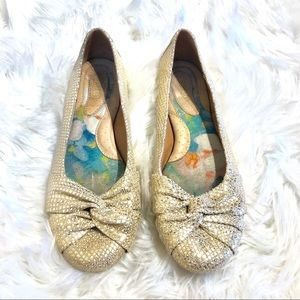 Born Gold Shinny Womens Flats Size 8
